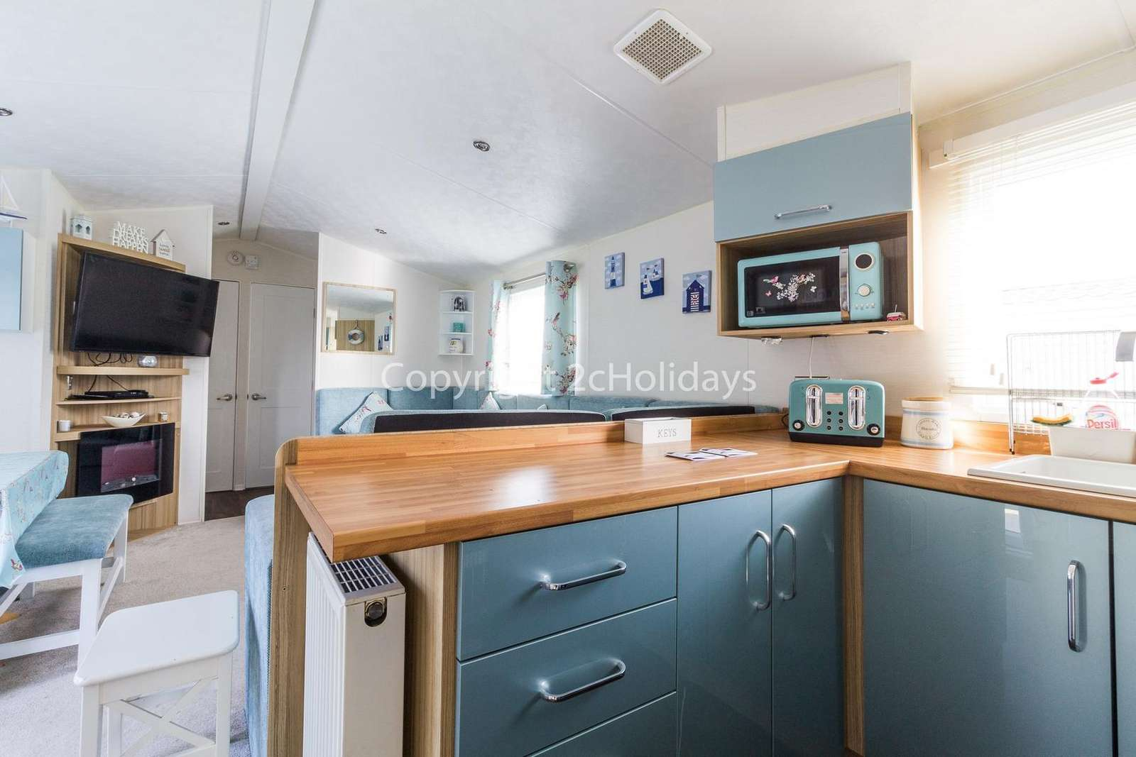 Spacious kitchen/diner, ideal for families!