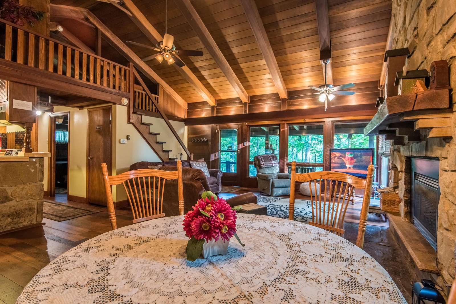 Redwood Log Cabin – Brown County Log Cabins