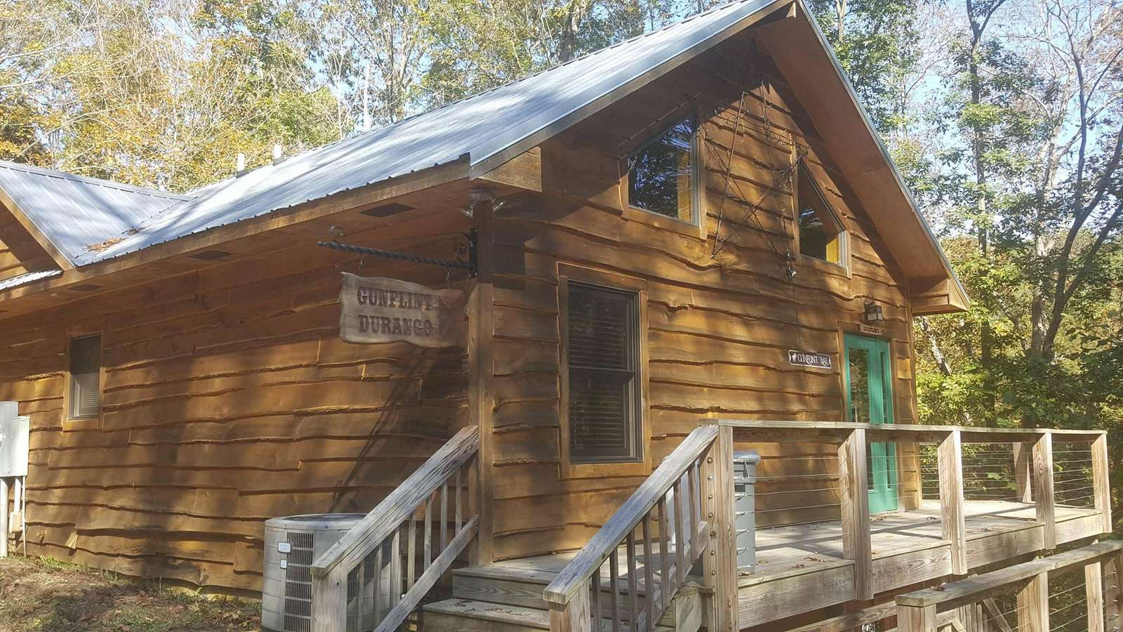 The Tack Room – Brown County Log Cabins