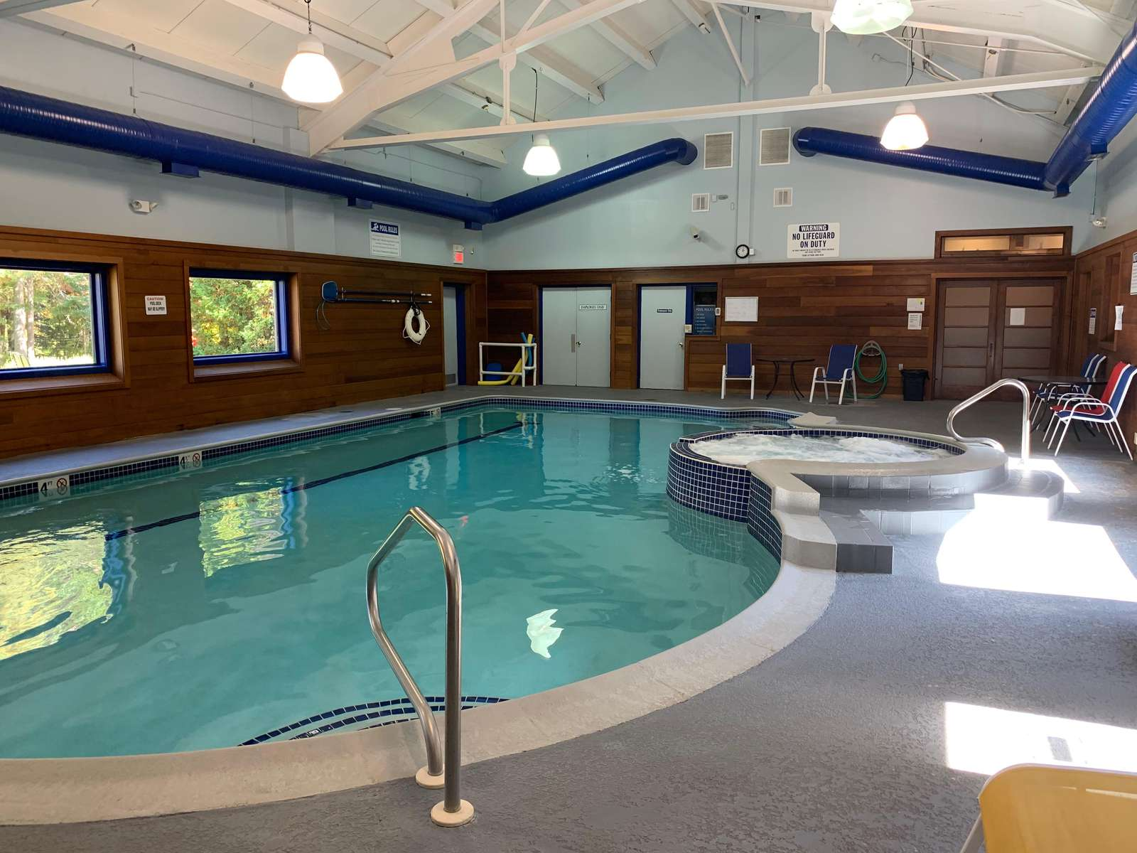 Pool and hot tub in Sugarhouse Amenity Center
