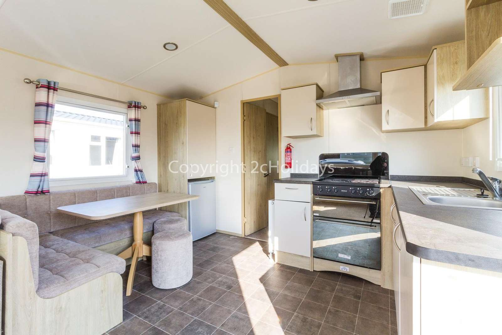 Open plan kitchen/diner, great for self-catering breaks!