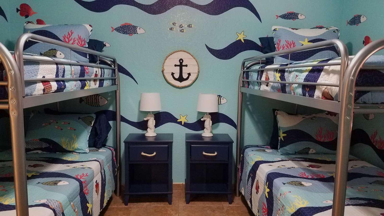 Under the sea room Sleeps 4 adults or 4-6 kids