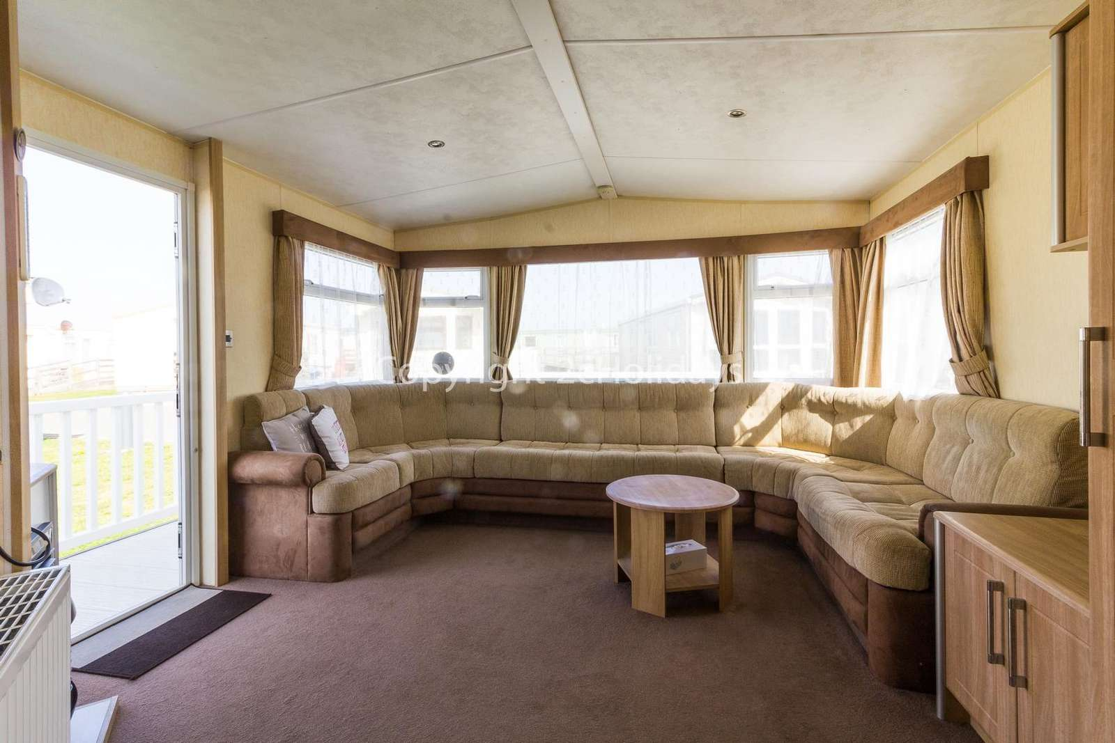 Spacious living area, great for families!