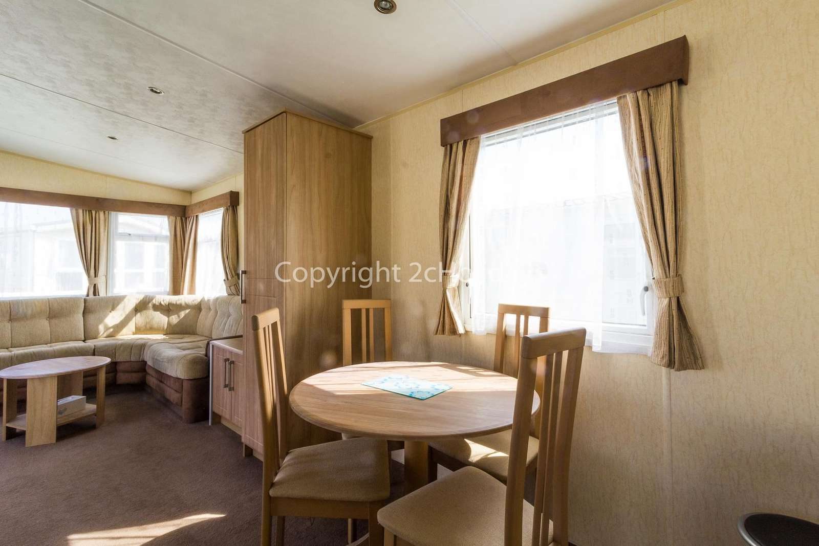 Great place to dine with your family or friends in this self-catering accommodation