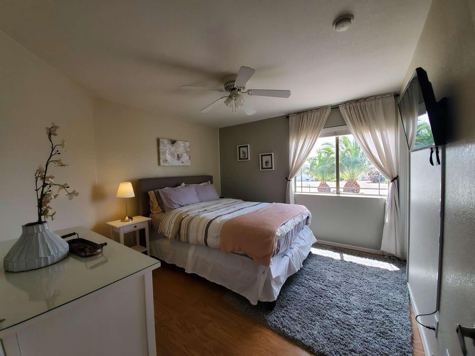 Guest Room #1-Queen Bed