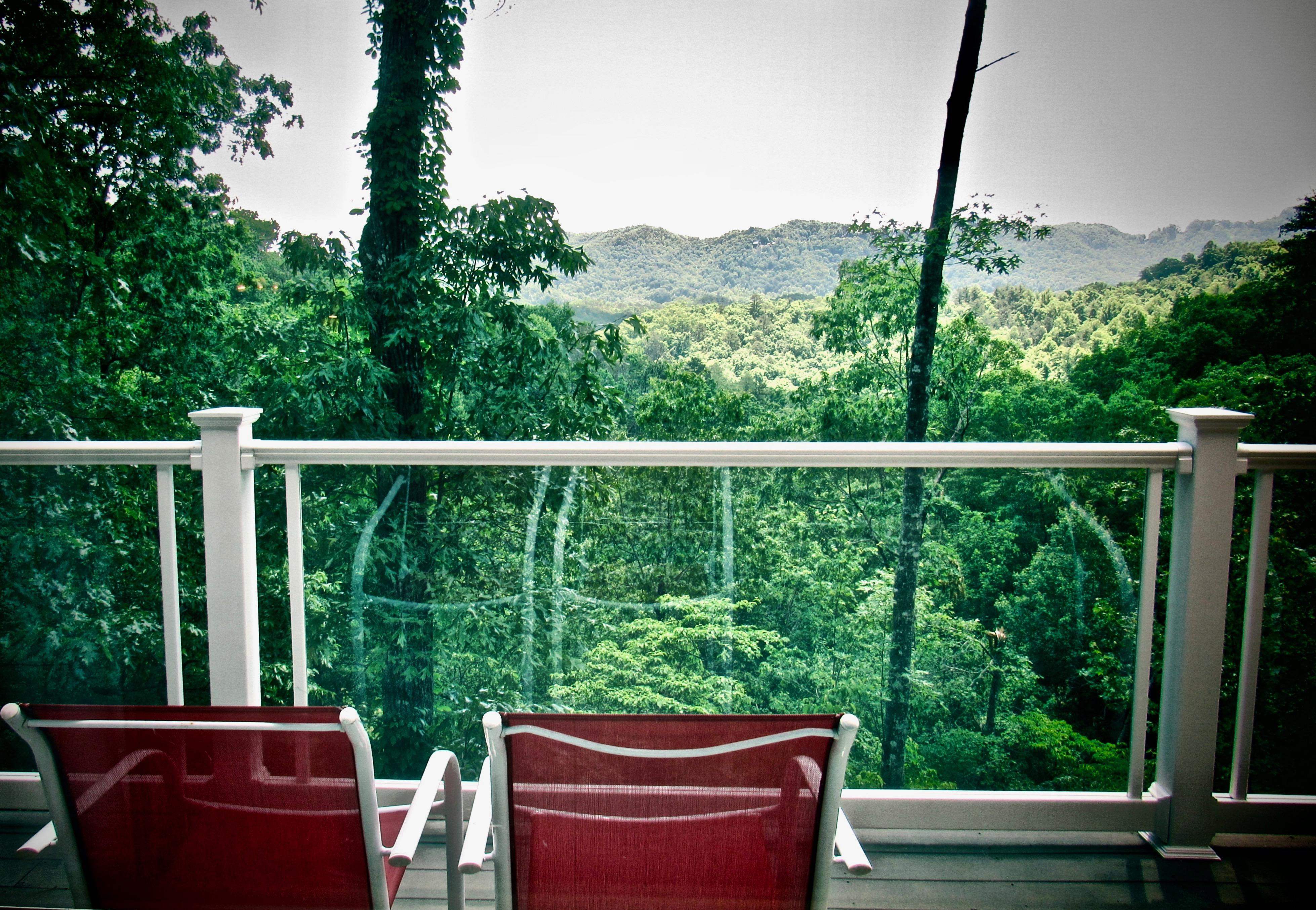 Enjoy Your Morning Coffee/Tea while taking in the Ever Changing Views...
