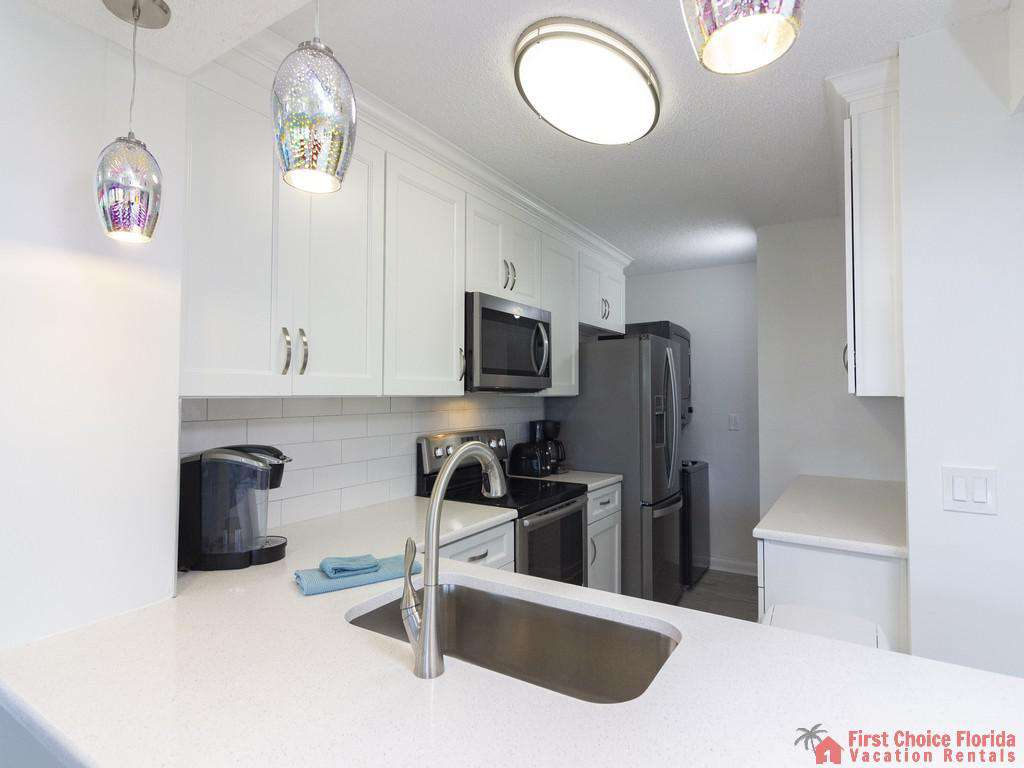 Colony Reef 3101 Kitchen Overview