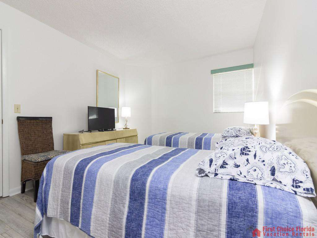 Colony Reef 3101 Twin Beds with TV