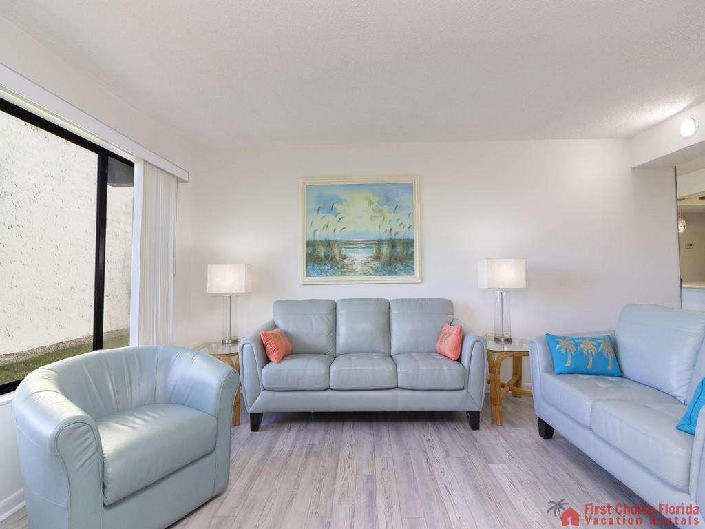 Colony Reef 3101 Living Room