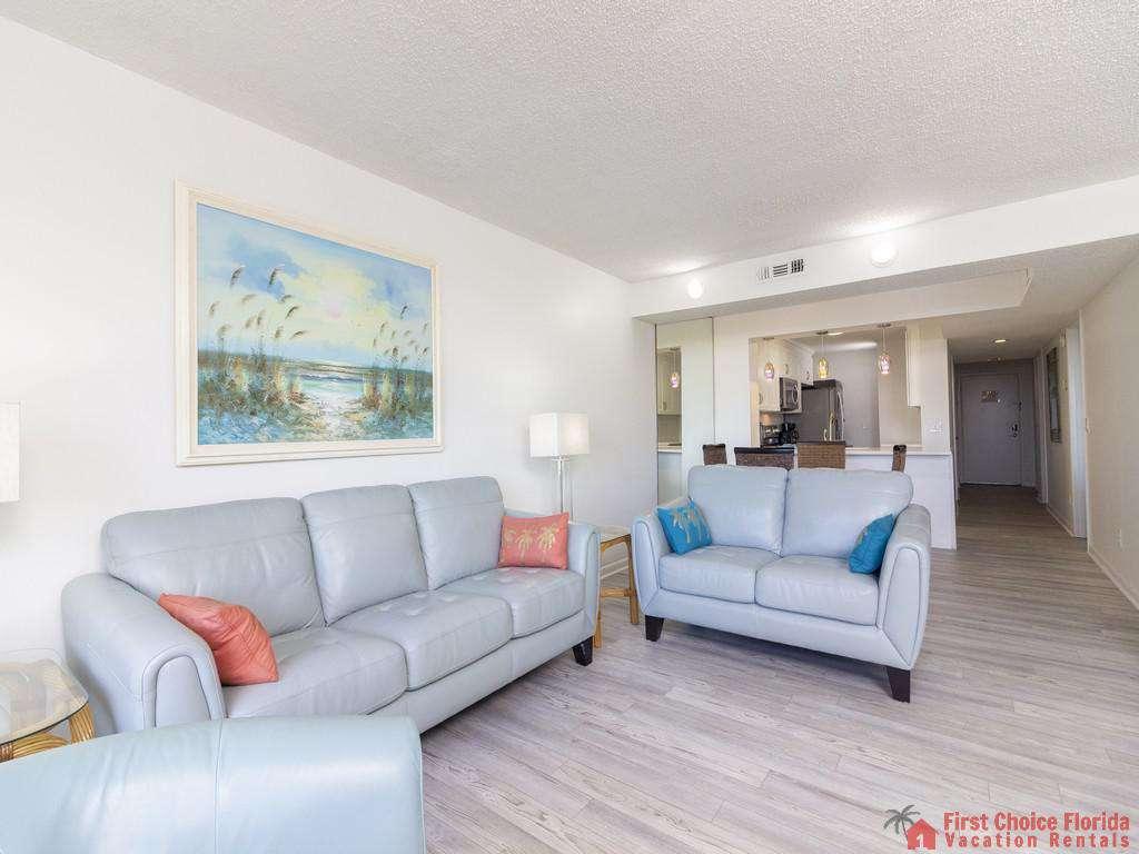 Colony Reef 3101 Living Room through Condo