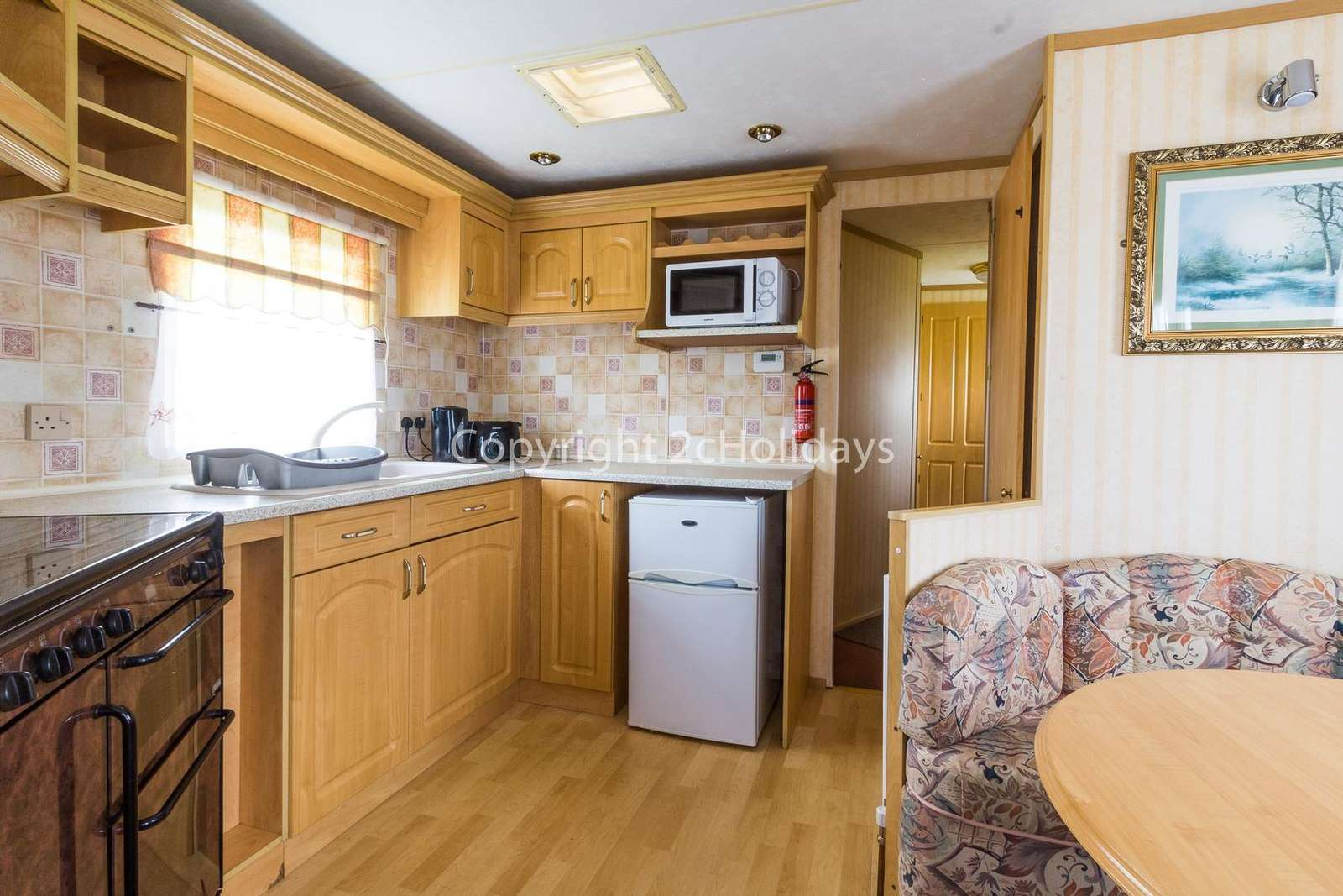 Spacious and open plan kitchen/dining area!