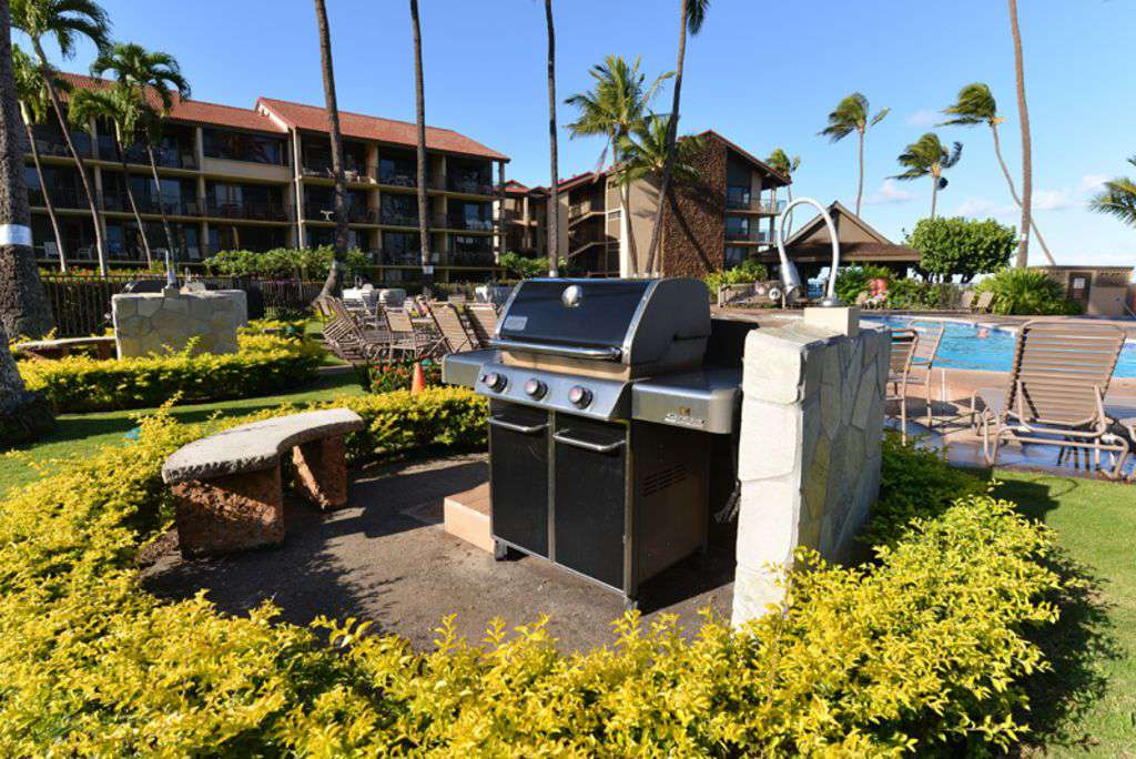 BBQ And Pool Area Just A Short Distance From Lanai