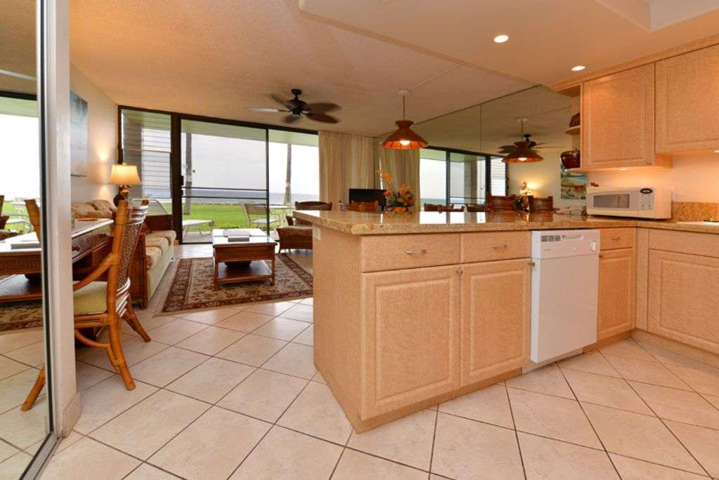 Ground floor oceanfront unit