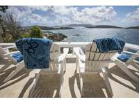 Outdoor seating with unbelievable views thumb