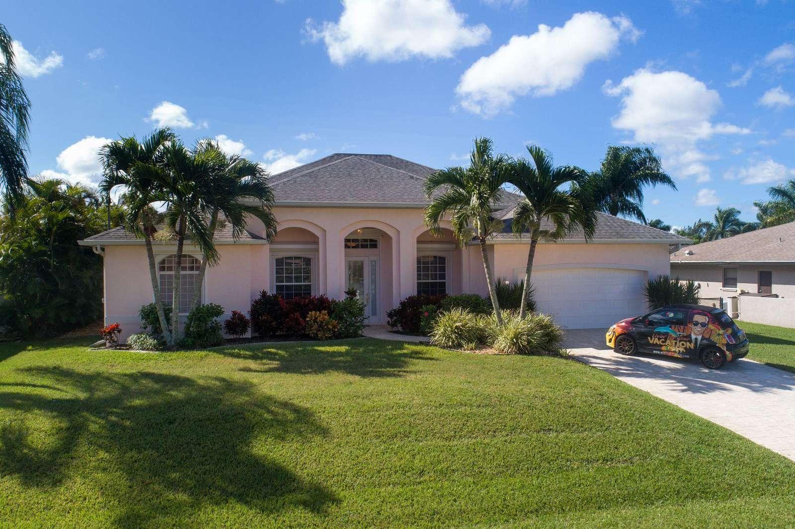 Wischis Florida Home - Tropical Lagoon