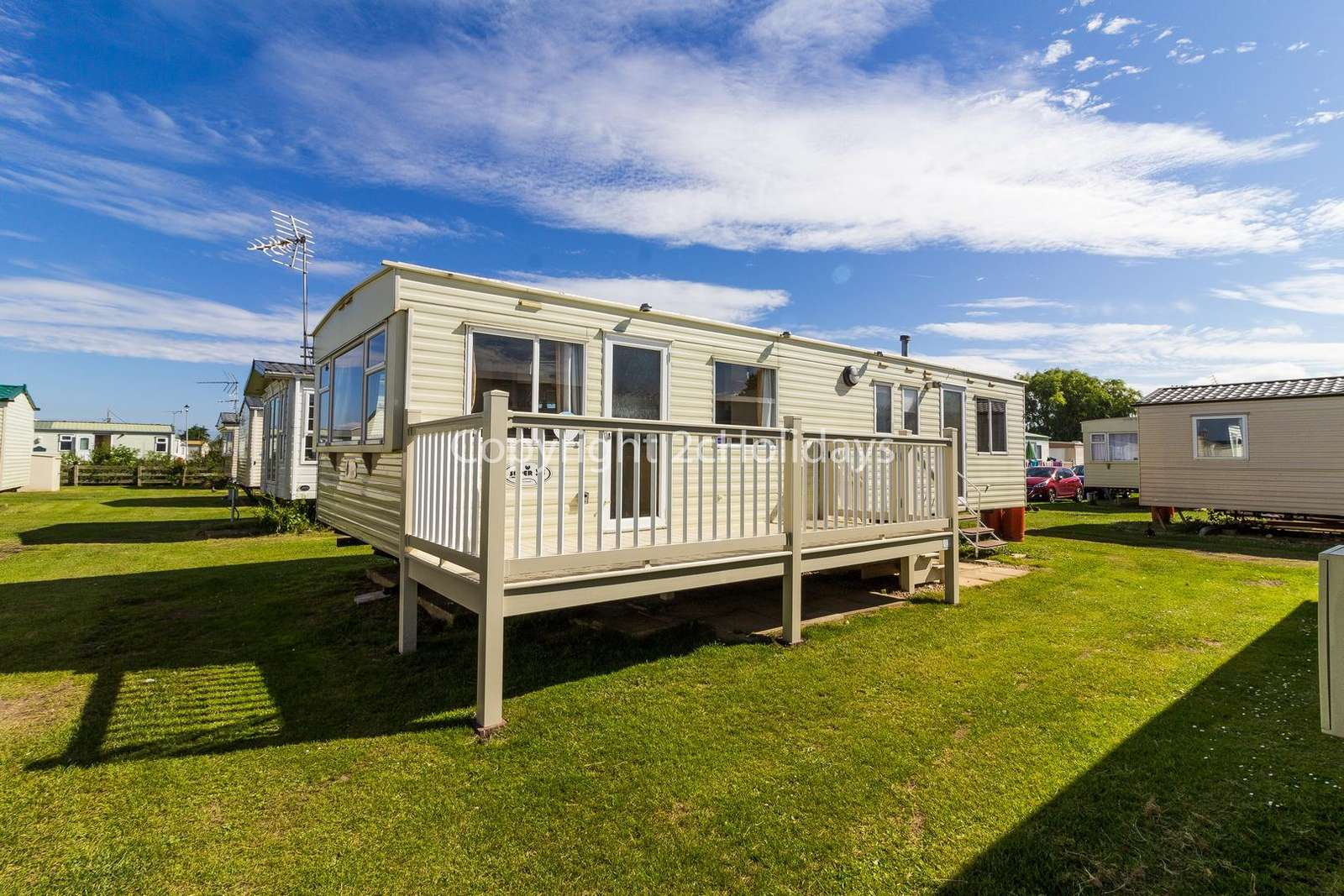A cosy mobile home on a brilliant holiday park, near by the beautiful in beach