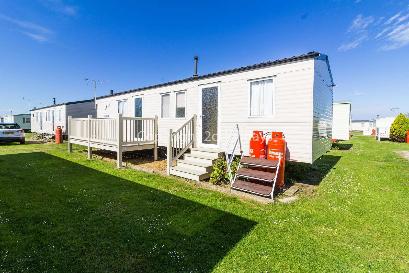 Stunning caravan on a great family friendly site!