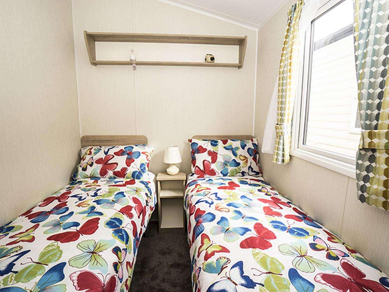 Cosy twin bedroom!