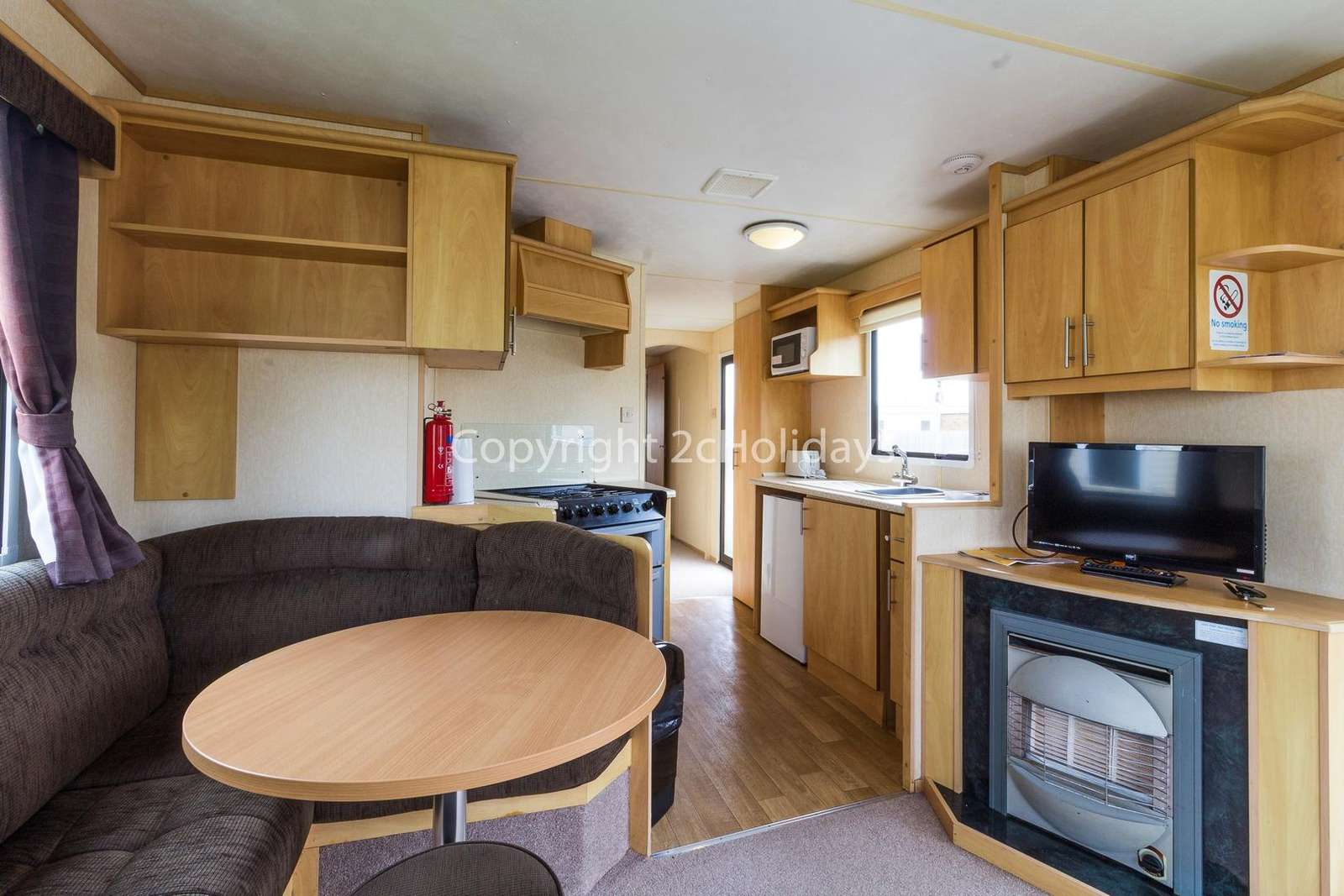 Open plan kitchen/diner, great for families!