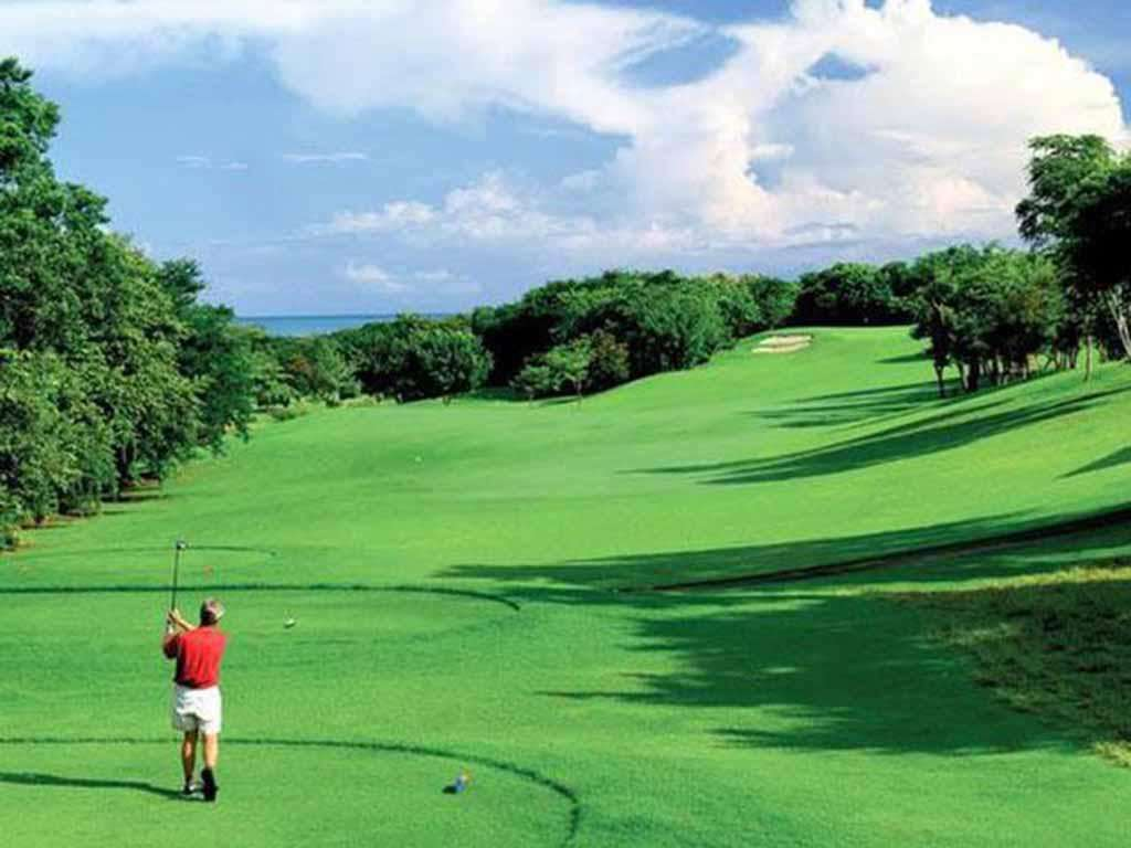 Championship golf at Reserva Conchal