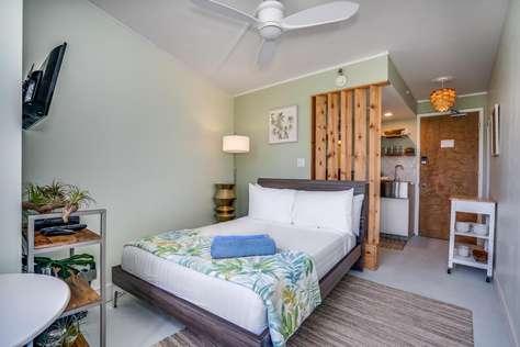 Waikiki Grand Suite 307