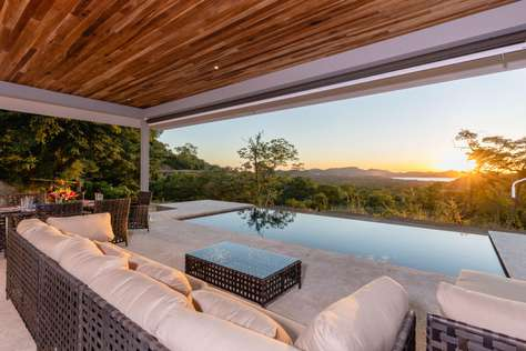 Casa de los Suenos, Brand new Ocean View home on 1.25 Acres!