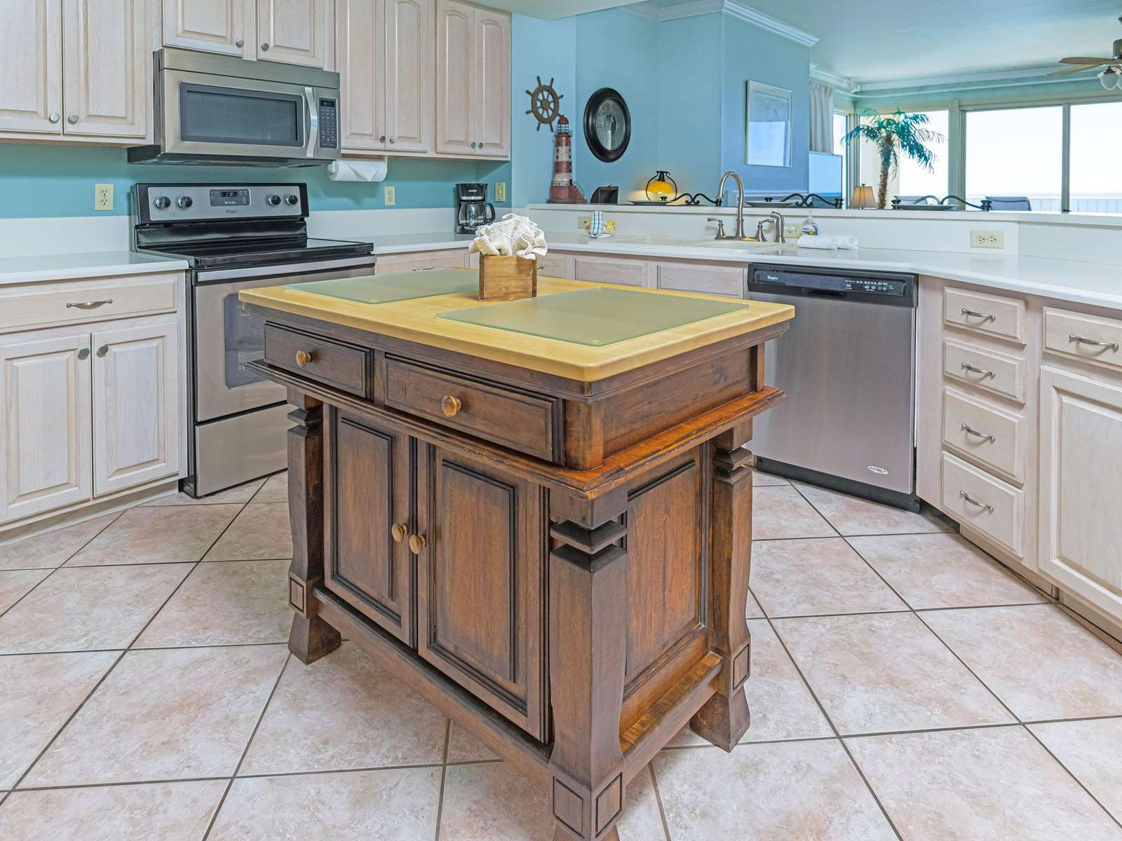 The kitchen has lots of counter space!