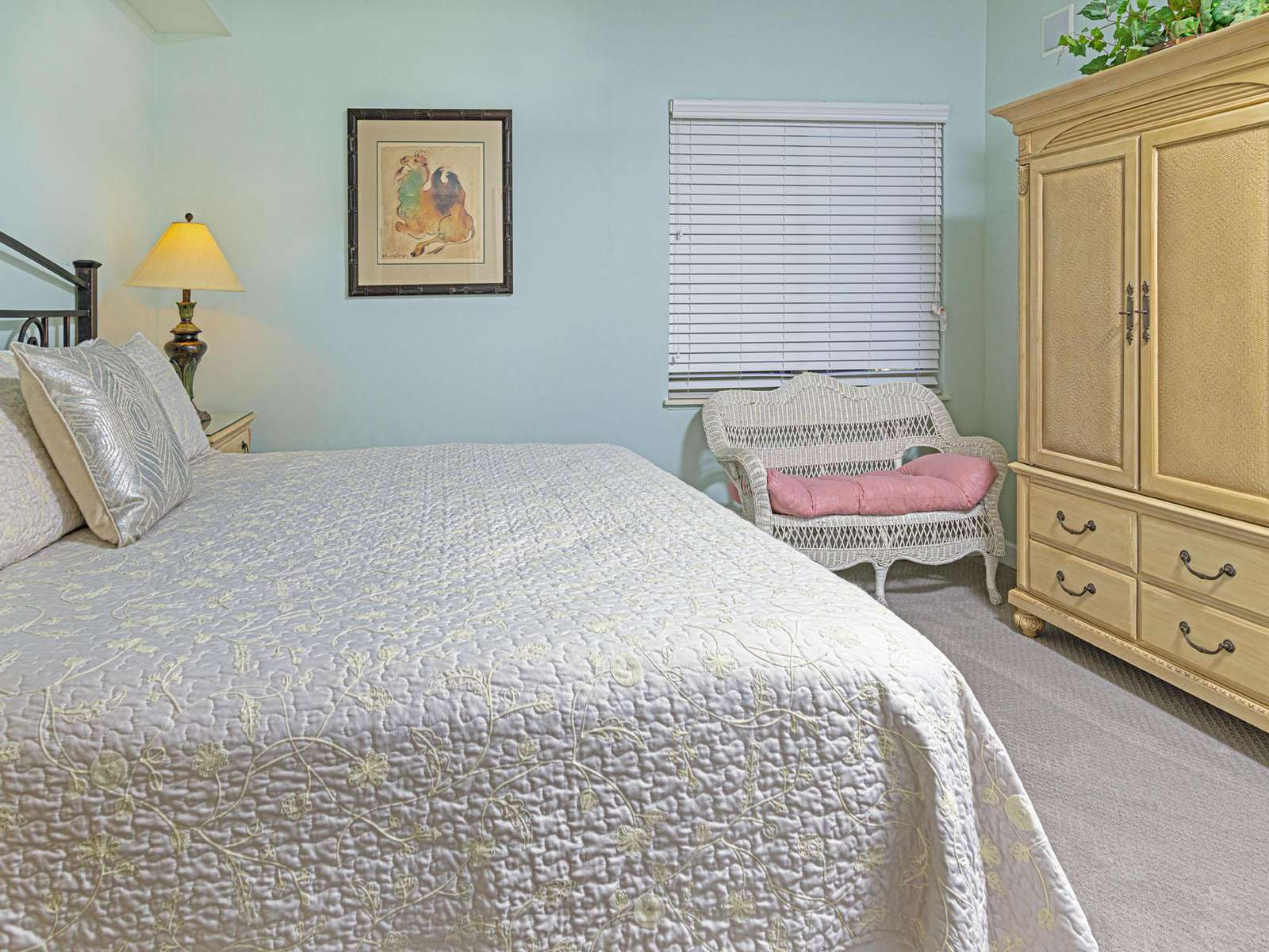 The second ensuite bedroom also has a king bed!
