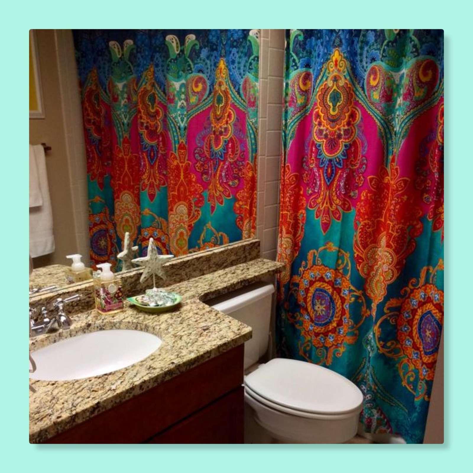 2nd bathroom has a tub/shower combination