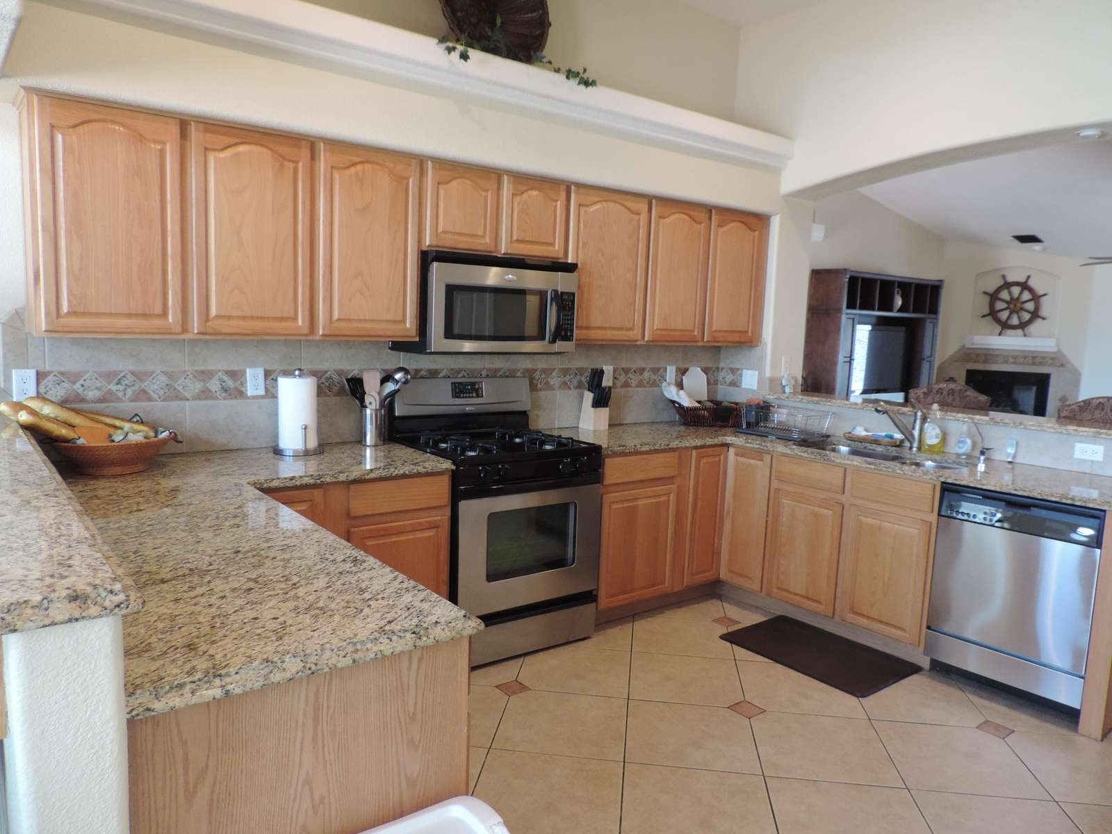 Large Kitchen well equipt