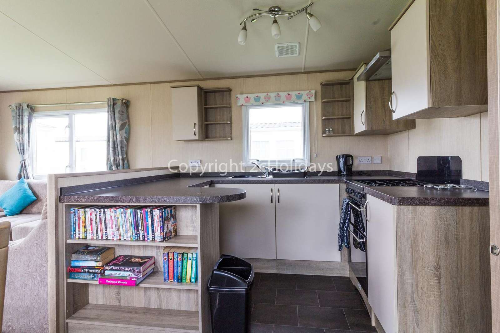 Spacious fully equipped kitchen, perfect for self-catering breaks!