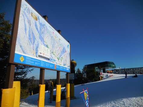 You'll be right next to the slopes, ski school, beginner area, and Snowshoe Village!