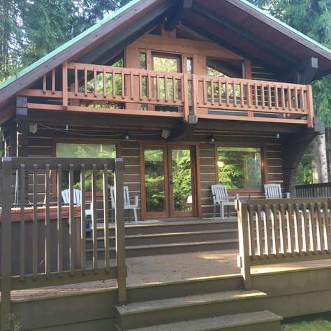 The Moose Knuckle Cabin - NEW!  Hot Tub & Wifi