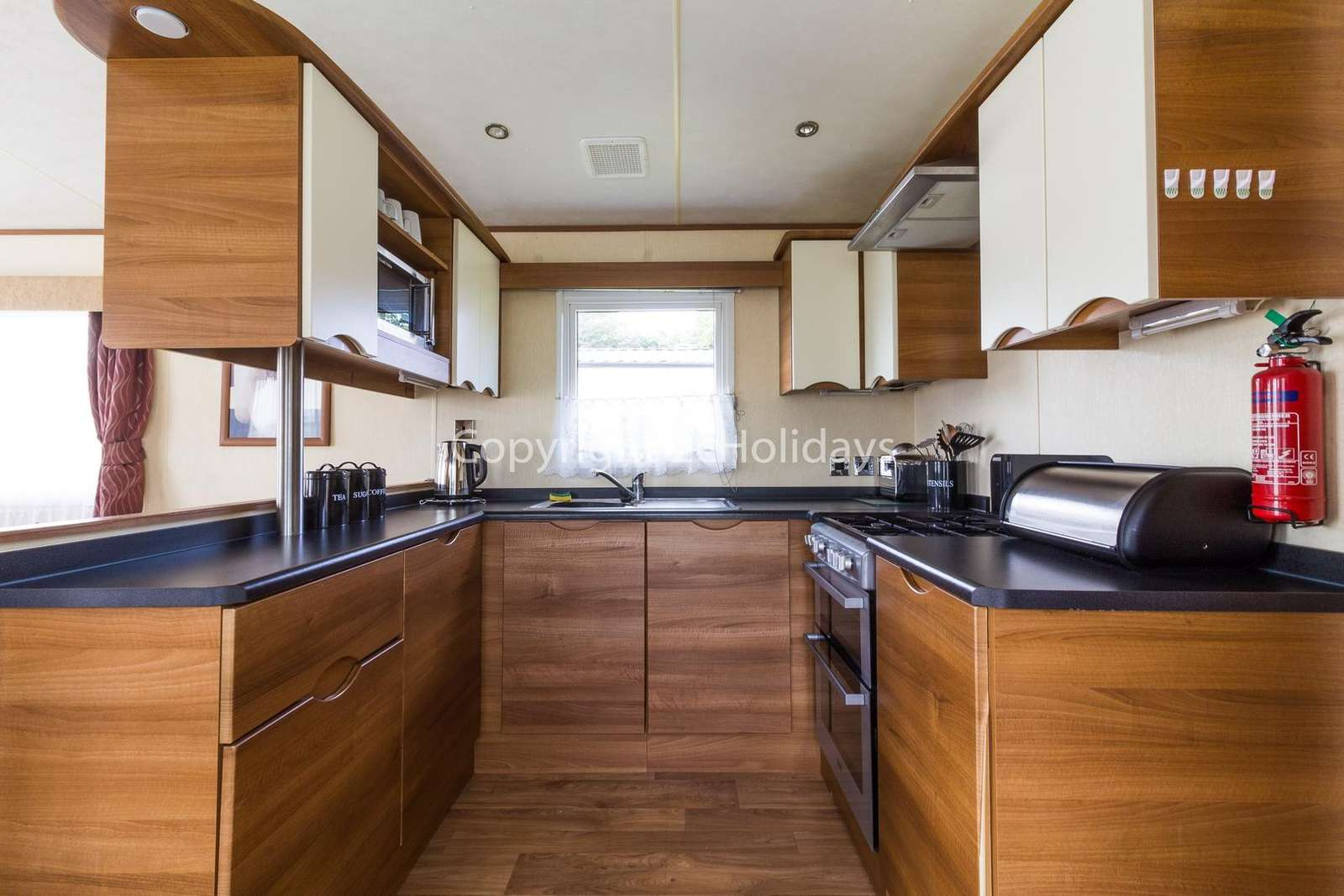 Great fully equipped kitchen, perfect for self-catering holidays!