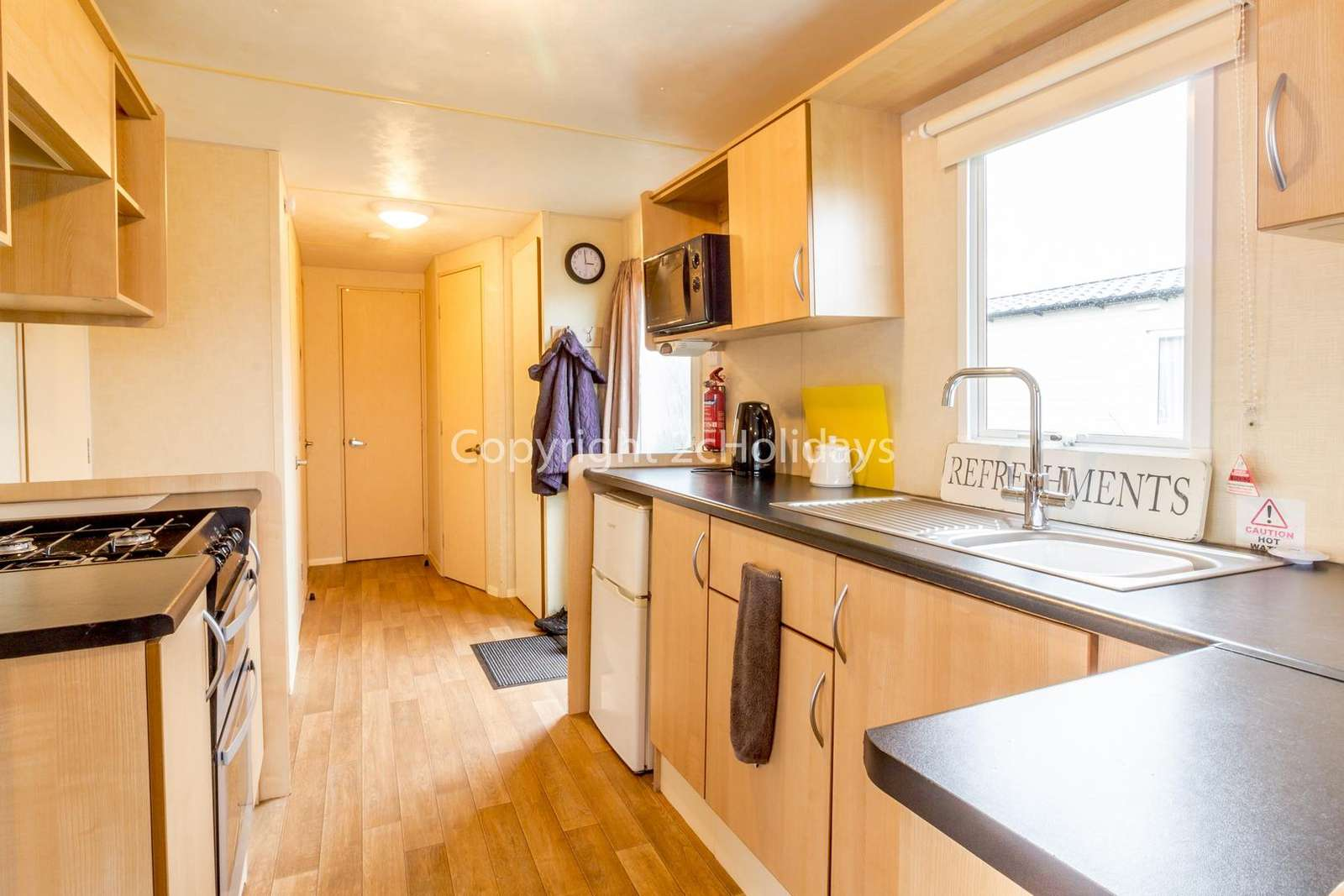 A well equipped kitchen, perfect for self-catering breaks!