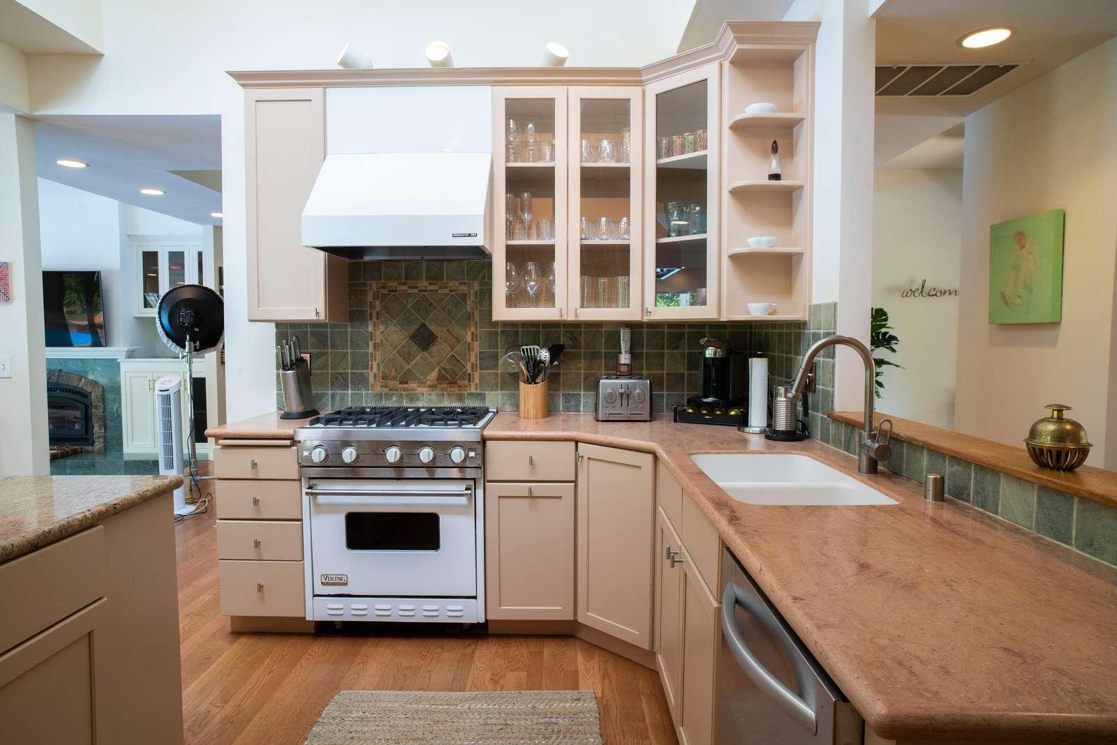 Large entertaining kitchen