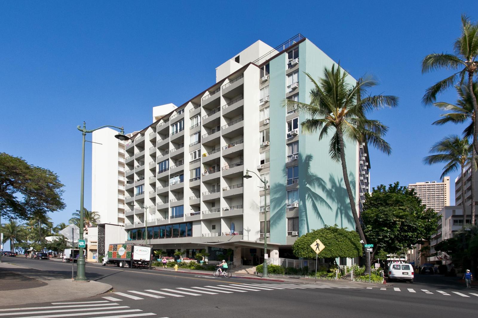 Our Buiding - Waikiki Grand Hotel