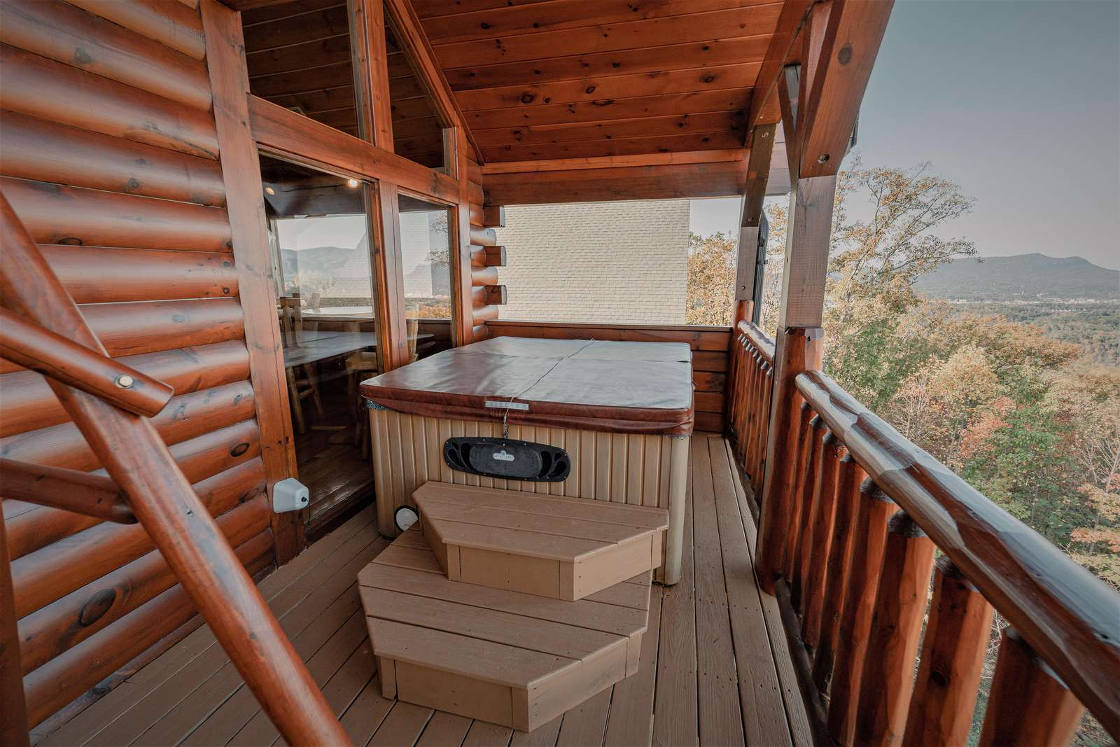 Hot tub is located on the 2nd level balcony