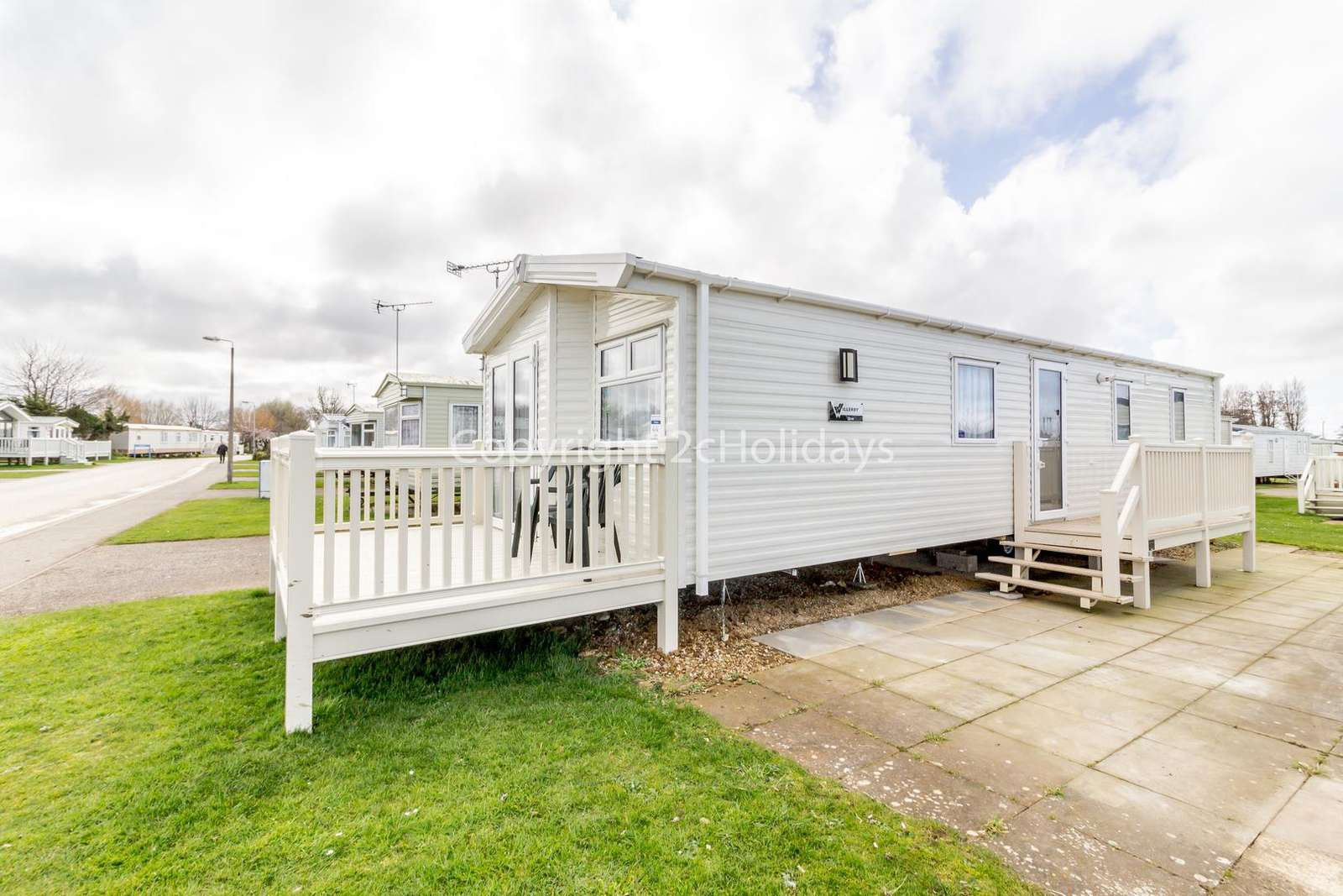 Luxury mobile home with decking