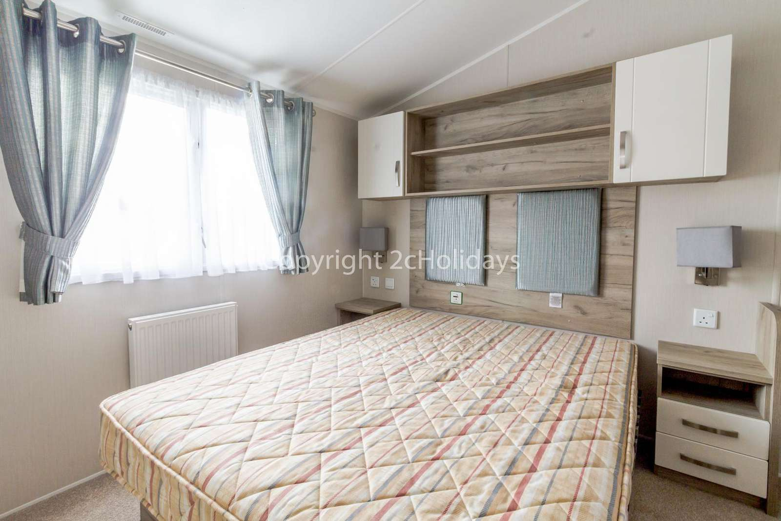 A great size master bedroom with plenty of storage and an en-suite!