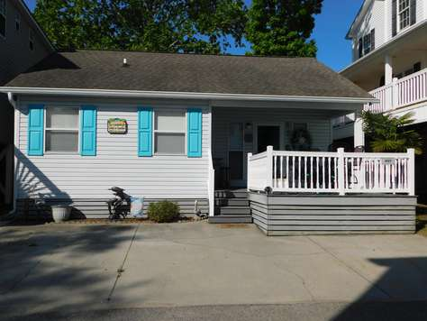 X-7 Location is what it's all about 3 Bdrm, 2 bath