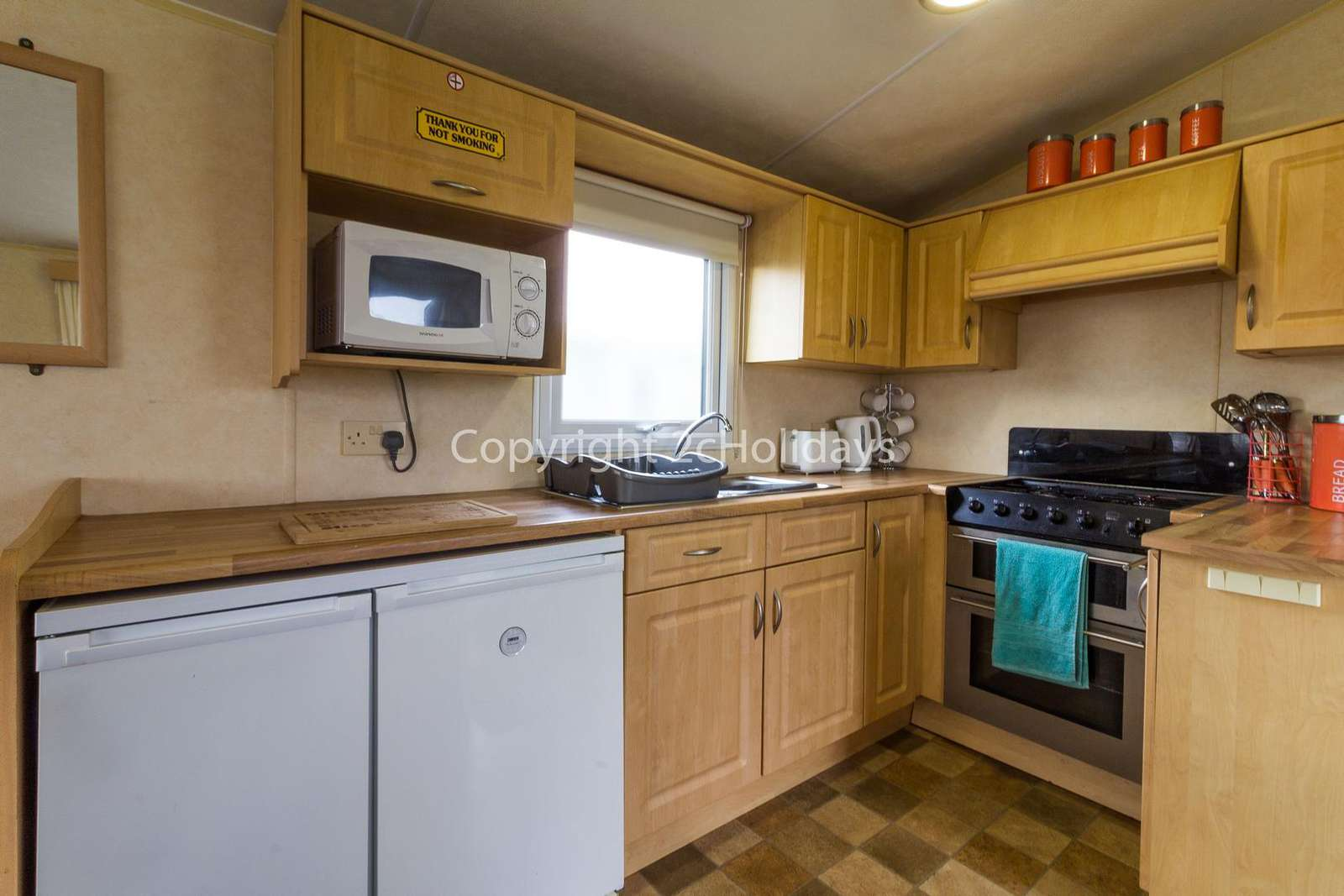 A fully equipped kitchen, perfect for. self-catering holidays!