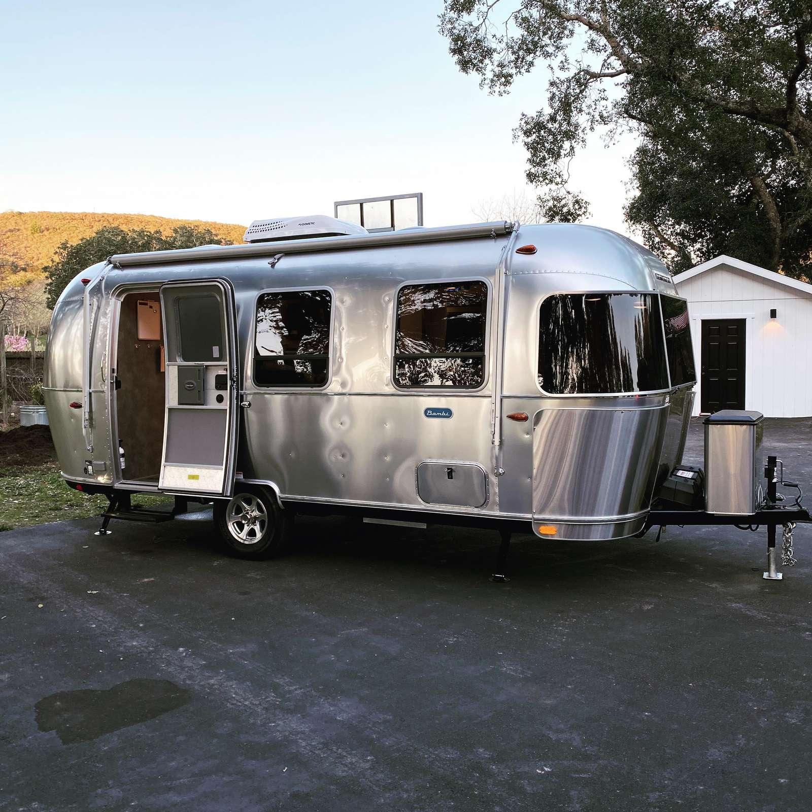 Brand-Spanking New (2020) 22' Bambi Airstream