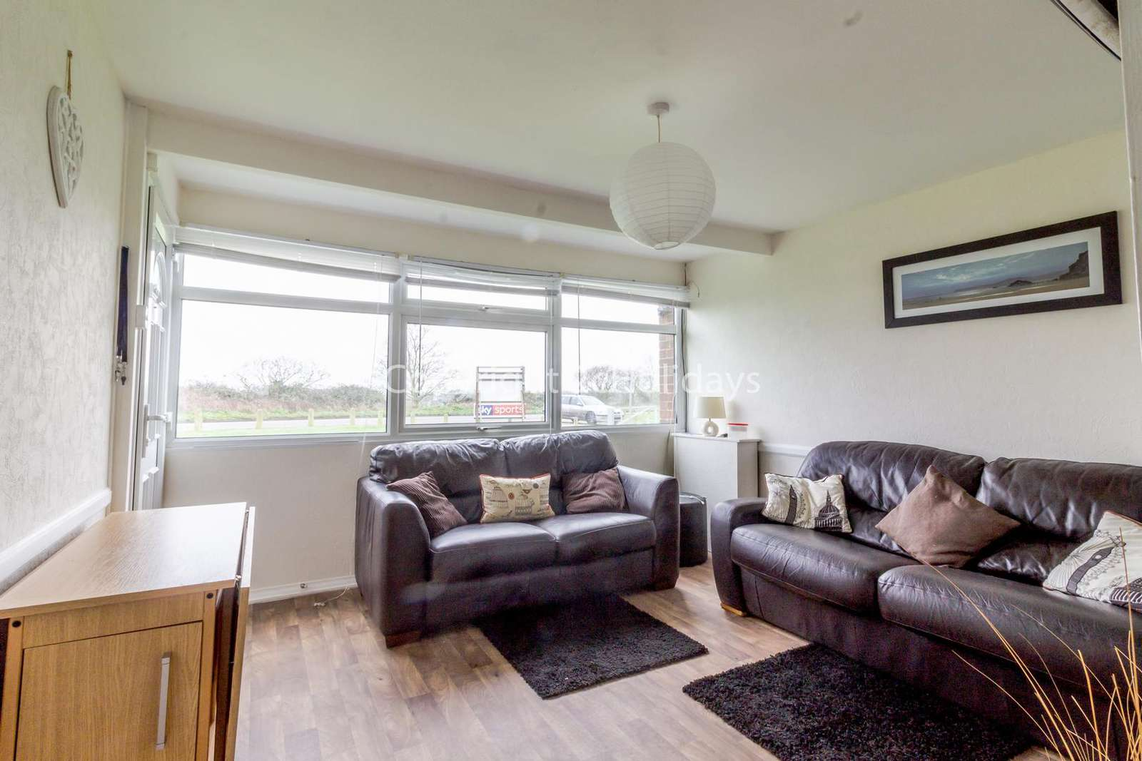 Cosy living areas with homely touches!