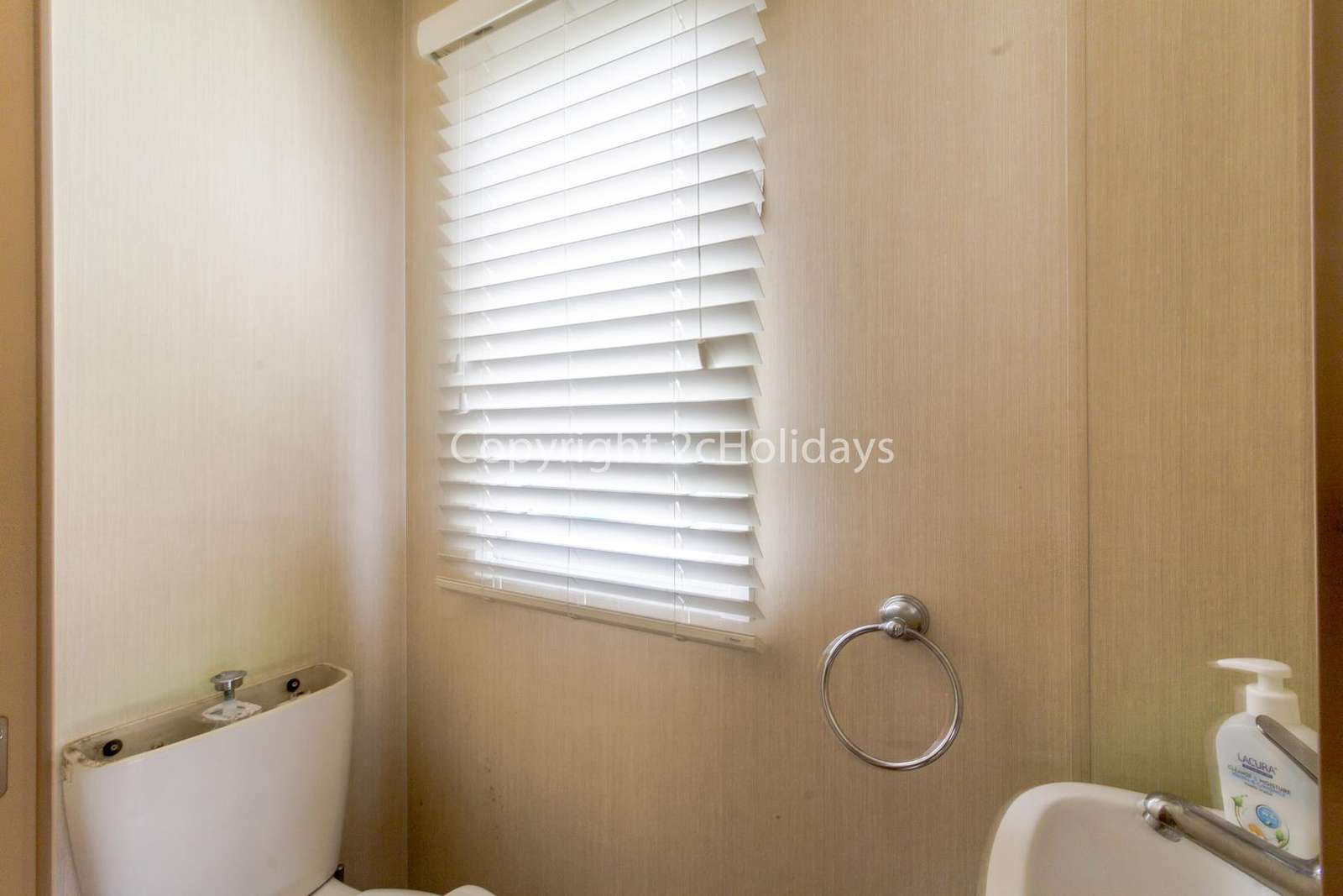 We ensure that all our holiday homes are cleaned a high standard!