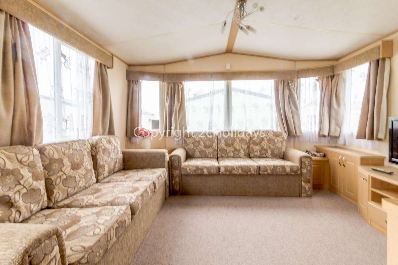 Spacious but cosy lounge with a double sofa bed
