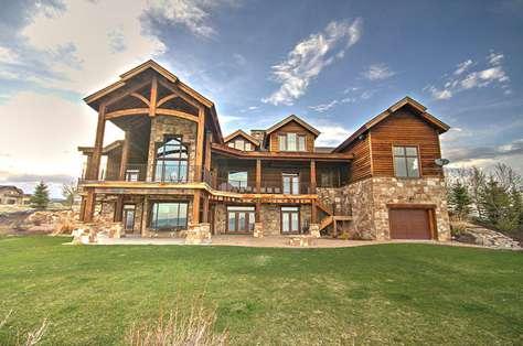 Home at 3 Summit Circle