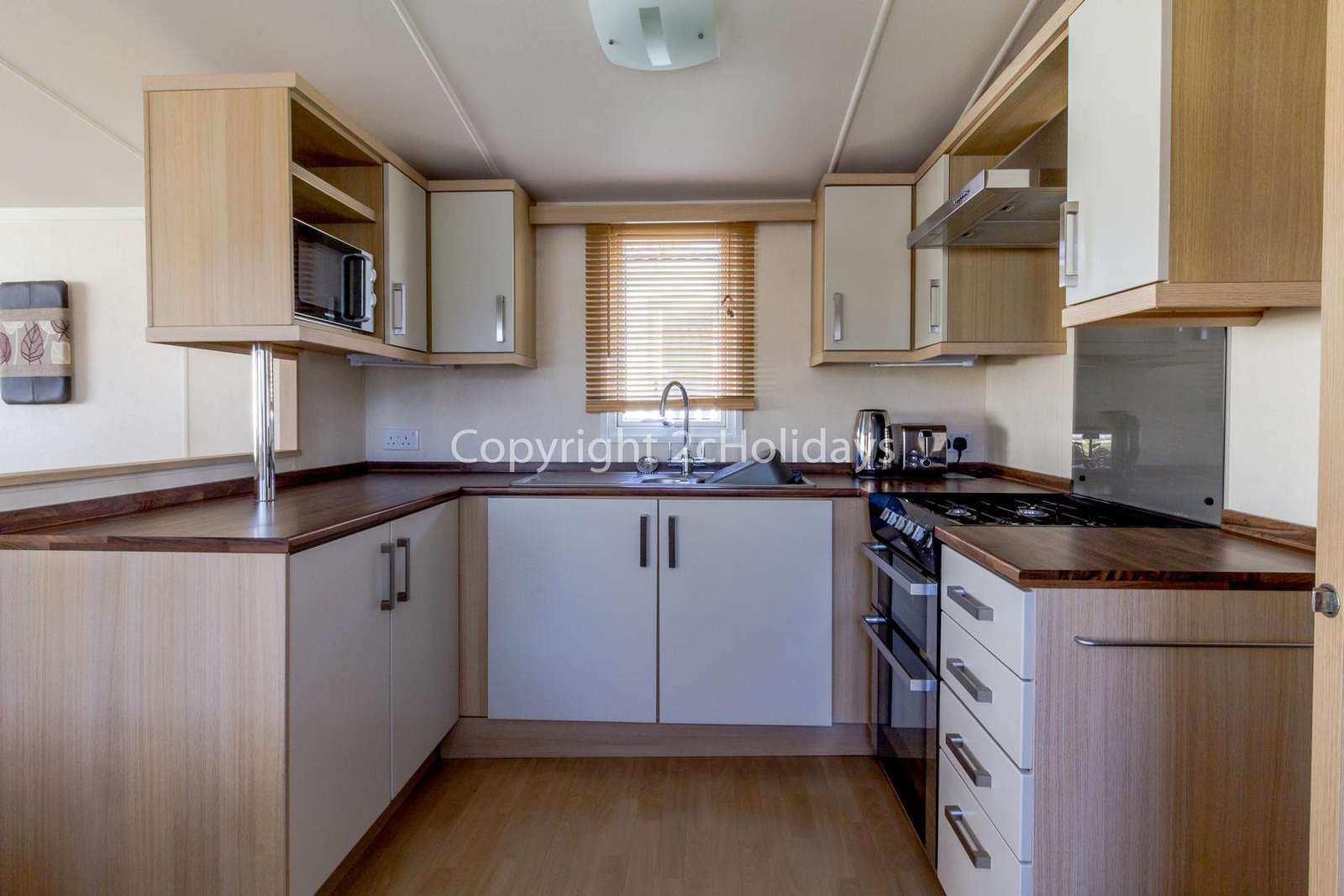 A fully equipped modern kitchen, perfect for self-catering holidays!
