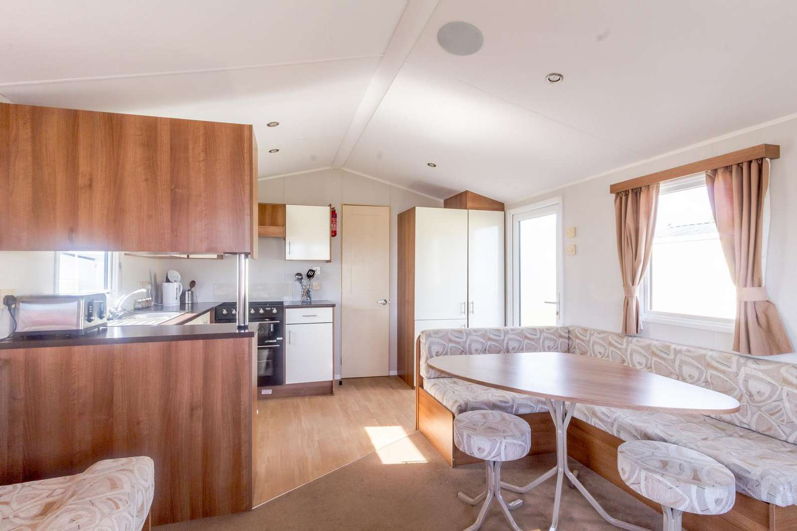 Spacious kitchen/diner, great for families!