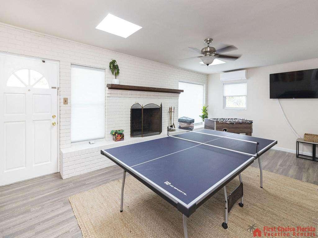 Deja Blue Ping Pong Table